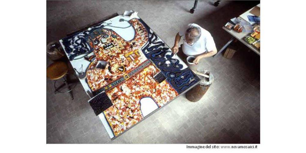 Il Mosaico: Materia, Luce e Colori in dialogo